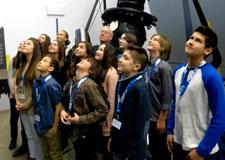 Des lettres d'élèves dans une capsule temporelle jusqu'en 2050!