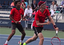 Deux Canadiens champions du monde junior au US OPEN