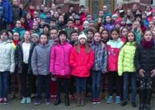 Une école primaire du Québec chante pour la COP21