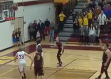 Un panier à la dernière seconde au basket!