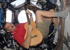 Être musicien dans l'espace