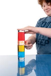 L'ascenseur des couleurs (ou la densité des liquides)